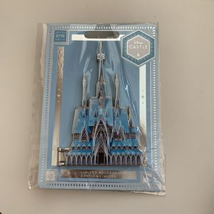 Frozen Castle Pin - Disney Castle Collection (Limited Edition) for Sale in Oakley, CA