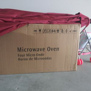 Microwave for Sale in Baytown, TX