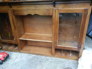 Kitchen wall cabinet for Sale in Hendersonville, TN