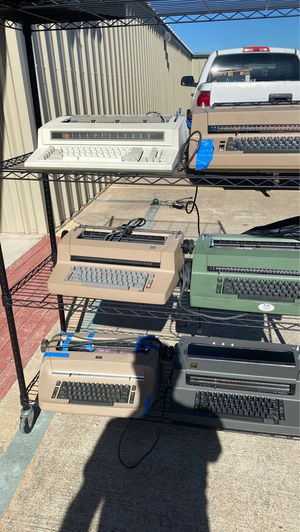 (6) ibm typewriters for Sale in Mesquite, TX