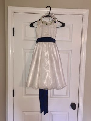Flower girls dresses size 4T and 2T for Sale in Greenville, SC