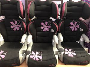 Toddler girl booster seats for Sale in Philadelphia, PA