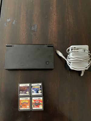 Nintendo DSI with 4 games and charger! for Sale in Miami, FL