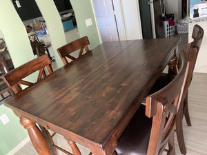 Dining table with 6 chairs for Sale in Mesa, AZ