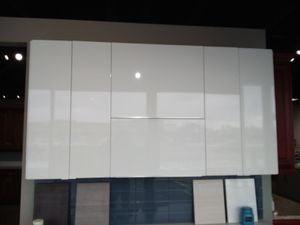 High gloss kitchen for Sale in Chicago, IL