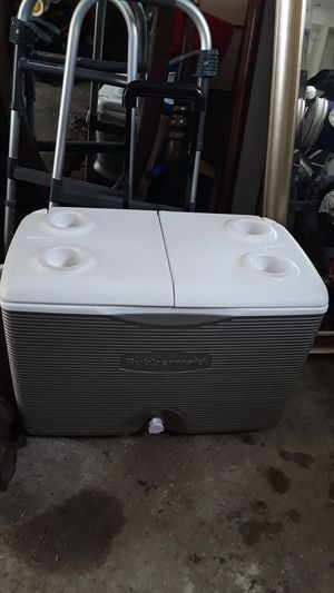 Cooler for Sale in Kirkwood, MO
