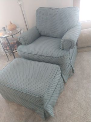 Chair and ottoman for Sale in Haines City, FL