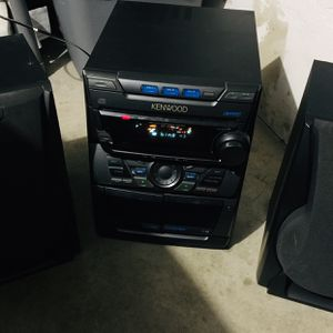 Kenwood Stereo System for Sale in Chula Vista, CA