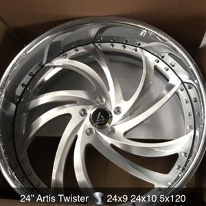 "24"" 2 Piece Wheels Rims Tires for Sale in Cicero, IL"