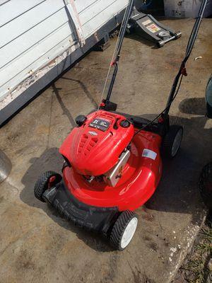 Troy-Bilt push lawn mower for Sale in New Port Richey, FL