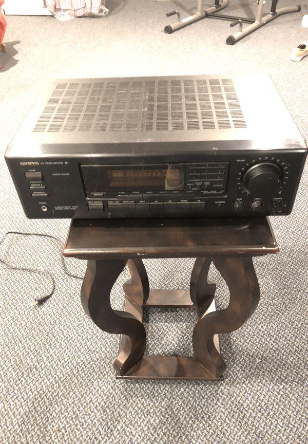 ONKYO A/V tuner amplifier R1.
