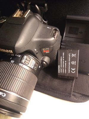 Canon T6i with deluxe premium kit lenses lens package like new for Sale in San Jose, CA