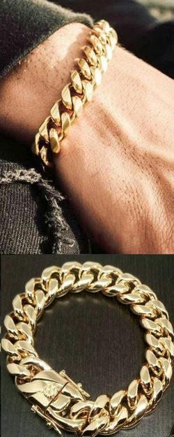 """18k Bonded Stainless Steel 14mm Cuban Link Chain Bracelet 8""""or 9"""" Brand New in Box for Sale in Boca Raton,  FL"""