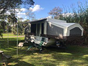 2013 Rock wood Freedom pop up camper $4000 for Sale in Hobe Sound, FL