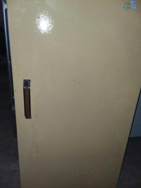 20 cubic foot manual defrost upright freezer