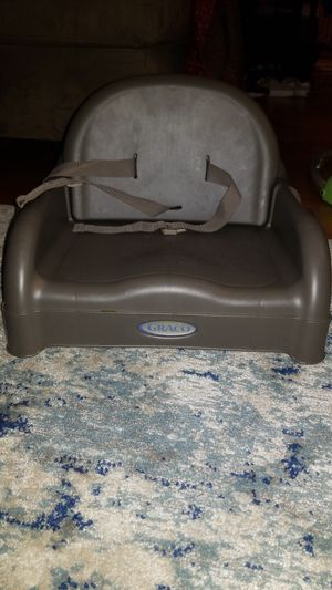 Graco booster seat for feeding for Sale in Acton, MA