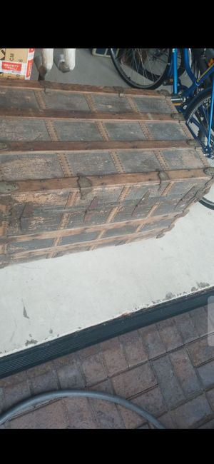 REAL WOOD!VINTAGE WOODEN CHEST (34LX21HX20 D) for Sale in Delray Beach, FL