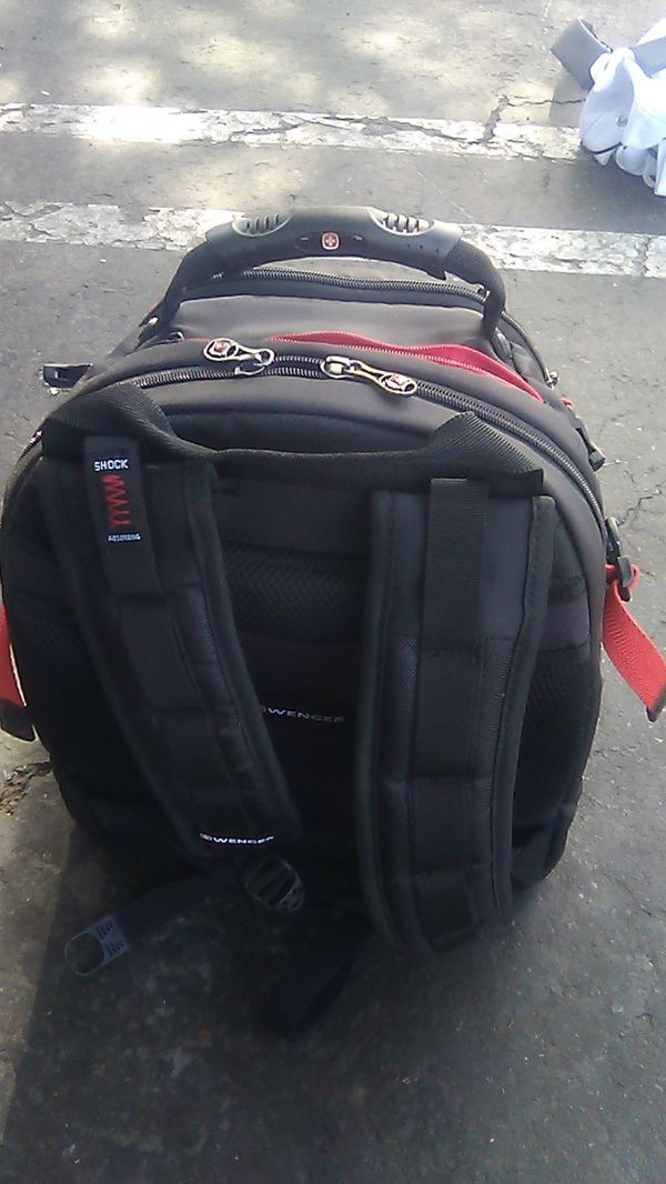 Swiss Wenger backpack new. Comfortable. Soac