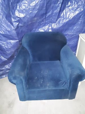 Blue sofa chair for Sale in Hotchkiss, CO
