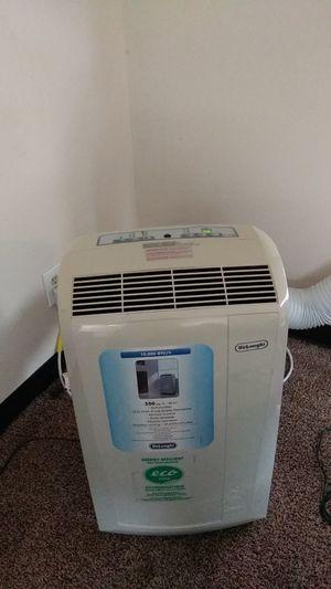 Delonghi air conditioner dehumidifier for Sale in Tacoma, WA