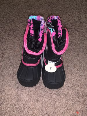 Kids Size 7 Snow boots for Sale in Fontana, CA