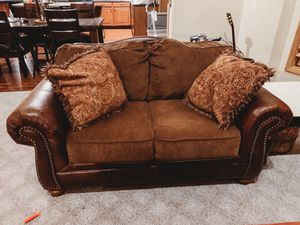 Loveseat for Sale in Tully, NY