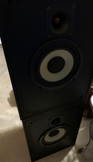 Klipsch KG2 speakers for Sale in Plymouth, MA