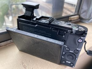 Sony RX100 vlogging camera for Sale in Los Angeles, CA