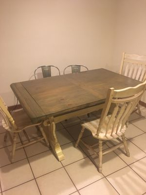 Kitchen table for Sale in LaSalle, IL