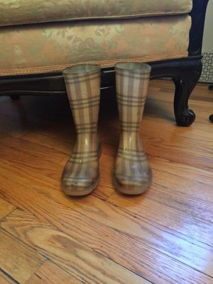 Burberry rain boots size EU 37/ US 7 for Sale in New York, NY