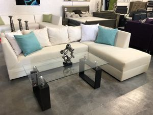 White Linen Sectional Sofa for Sale in Miami, FL