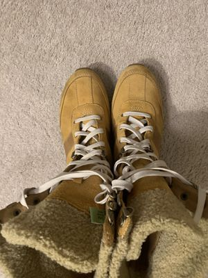 Timberland Boot (Women's Size 9M) for Sale in Fairfax, VA