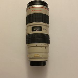 Canon EF 70-200mm f2.8 L IS USM Lens 70-200/2.8 for Sale in Hialeah, FL