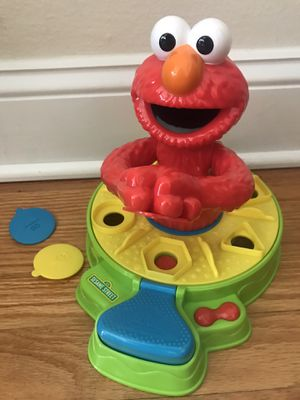 Shape and Spin Elmo Play-Doh for Sale in Florissant, MO
