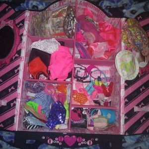 Barbie Closet FULL of Accessories and Clothes for Sale in Goffstown, NH