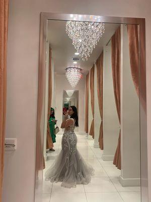 prom dress for Sale in Miami Beach, FL