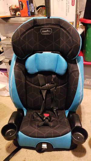 Evenflo car seat for Sale in Lynnwood, WA