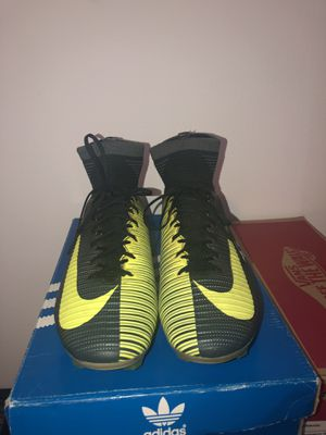 Nine Mercurial soccer cleats Size 8.5 for Sale in Palmetto, FL
