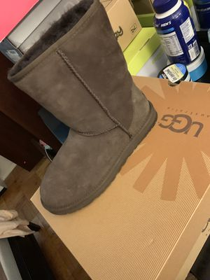 Brown Uggs on Sale for $50 Size 9 for Sale in Belvidere, NJ