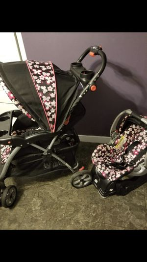 Stroller and car seat for Sale in Chicago, IL
