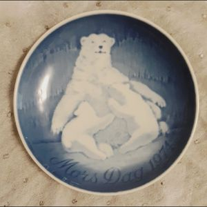 Bing & Grondahl 1974 Mother's Day Plate for Sale in Mount Dora, FL
