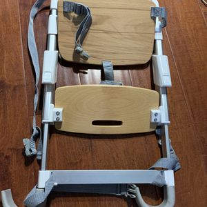 Munchkin Elevate Booster Chair Seat for Sale in Walnut, CA