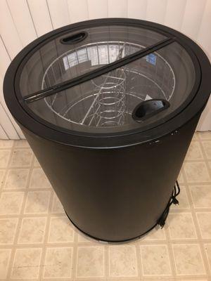 Recharge impulse drink merchandiser chest cooler refrigerator for Sale in North Las Vegas, NV