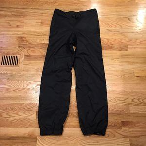 Mens Medium - Patagonia Waterproof Hiking Shell Pants for Sale in Seattle, WA