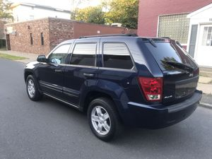 Jeep Grand Cherokee 2005 4WD CLEAN CARFAX RUNS PERFECT for Sale in New Britain, CT