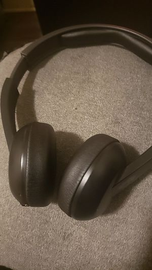 Skullcandy Bluetooth headphones for Sale in Lancaster, PA