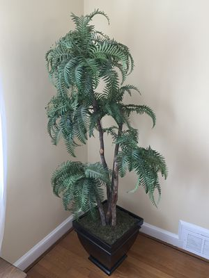 Artificial tree - home decor for Sale in Silver Spring, MD