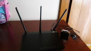 Asus ac1750 router. for Sale in Chicago, IL