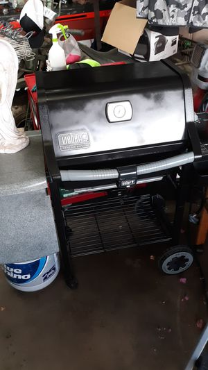 LIKE NEW Weber Geniesis grill. Sells for $349 for Sale in Mesa, AZ
