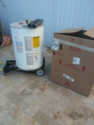 Water heater 38 g for Sale in Miramar, FL
